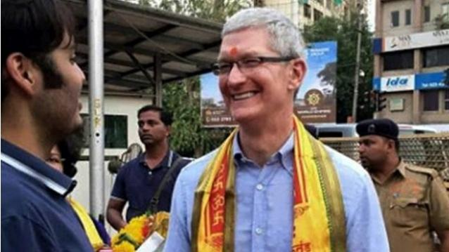 Apple-Tim-Cook-Shree-Siddhivinayak-temple-624x351