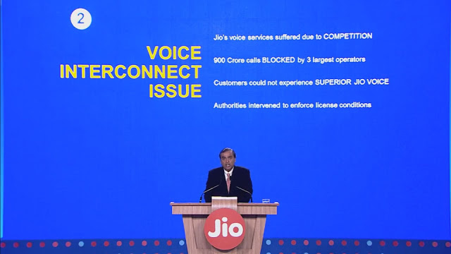 Mukesh-Ambani-Reliance-Jio-announcement-4
