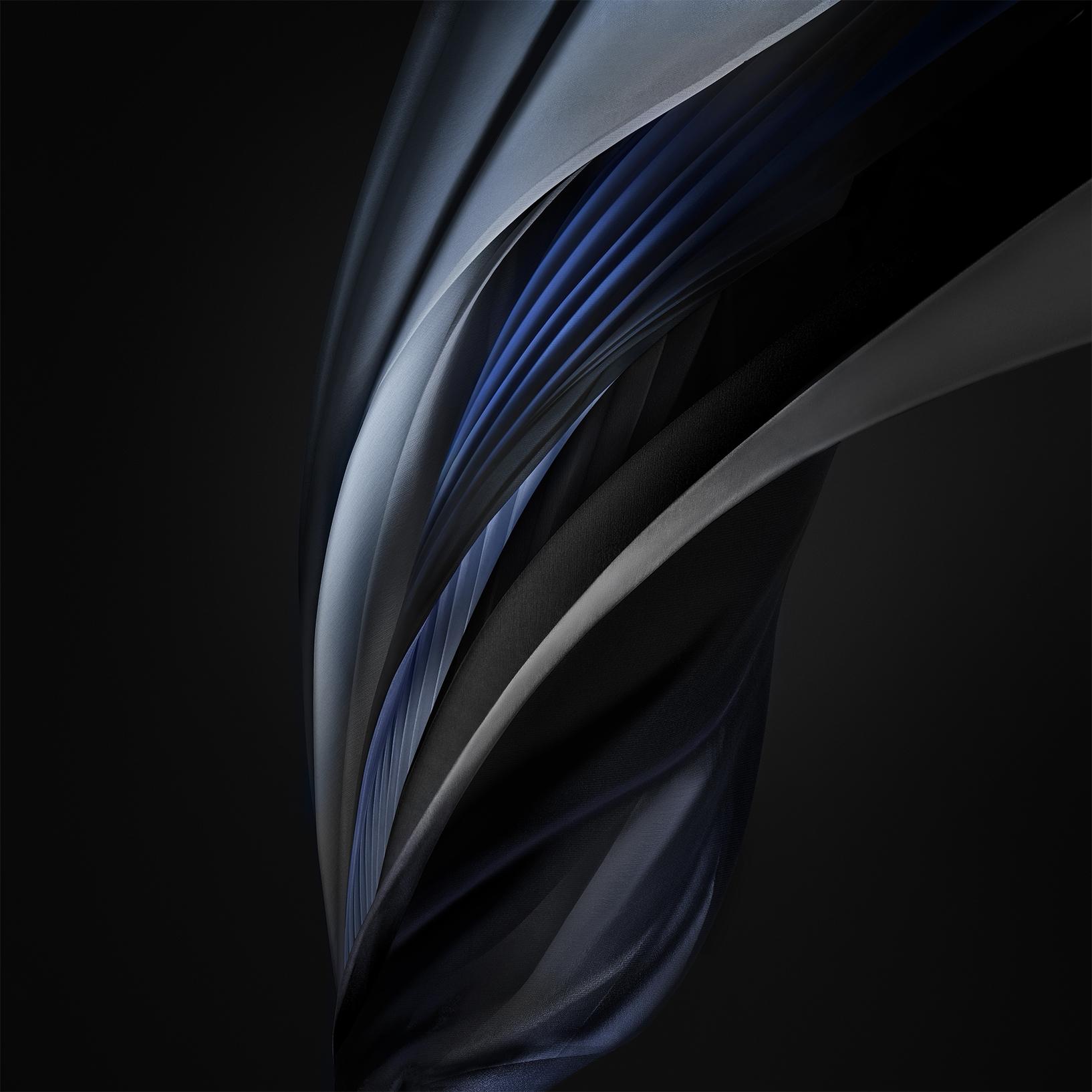 Silk_Silver_Mono_Dark- iPhone SE 2020 - TechFoogle